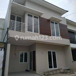 Rumah 2 Lantai Siap Huni Strategis Di Cijantung Pasar Rebo Jakarta Timur