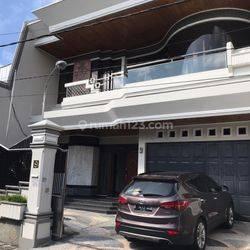 Rumah mewah di kawasan gatsu I , nangka utara Denpasar Timur