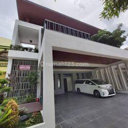 Rumah Medan Kota, Helvetia, Komplet Elite Graha Metropolitan