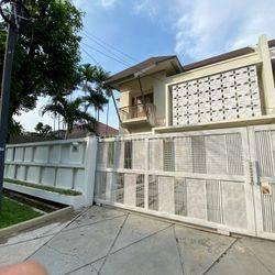 Stylist Modern House at Taman Patra Raya Kuningan