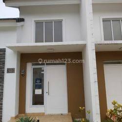 Rumah cantik asri & minimalis