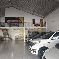 showroom mobil di Tukad Barito Panjer Denpasar BALI