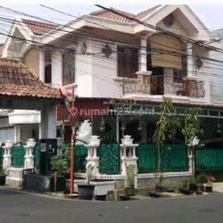 Rumah siap huni terawat bagus di Sumur Batu Jakarta Pusat