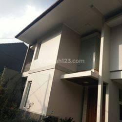Rumah Lux Minimalis Siap Huni di Setra Murni Bandung