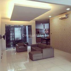 Rumah Taman Lingkar, mewah,elite mutu bintang 5