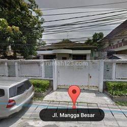 Rumah Tua Hitung Tanah di Jalan Mangga Besar LT.1064 m22