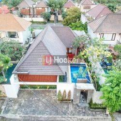 Villa 2 Kamar Tidur di Jl. Dewi Saraswati III Seminyak Kuta