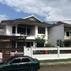 Rumah minimalis terawat Muraah kawasan sejuk Bandung Utara