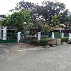 Rumah Lama dlm Komplek HARGA DIBAWAH NJOP di Jl. Warung Jati, Kalibata