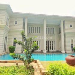 The Greatest and Luxury House at Prime Area Mega Kuningan, Jakarta Selatan