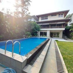 Rumah di prapanca 6500 USD/month