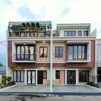 3 lantai dekat dengan toll Jatiasih