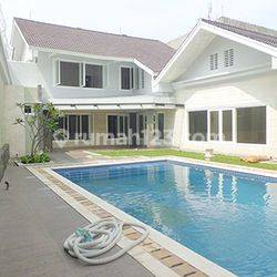 House for lease at pejaten near to Kemang nice and modern house