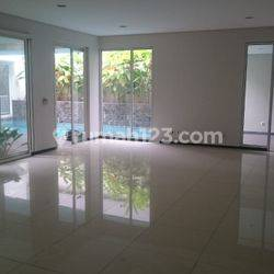 Rumah (4BR) di jl Jaya Mandala (Gatot Subroto) Kuningan Jakarta Selatan