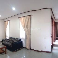 Rumah 2 Lantai Furnish di Ciumbuleuit, Bandung, 10menit ke Kampus UNPAR, Nara Park Resto, Ciwalk Mall, Hegarmanah, Cipaganti, Setiabudhi