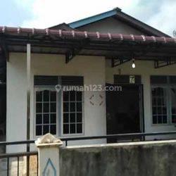 Rumah Dekat dengan Fasilitas umum , Parit Tengkorak