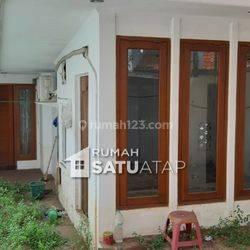 Rumah Lama Hitung Tanah di Jl. Muhi Pondok Pinang - RSA082008