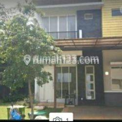 Rumah Puri mansion UK 8x17 2 lt Jakarta barat
