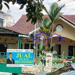 Rumah Siap Huni Ciateul Dekat Alun-Alun Kota Bandung.