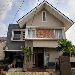 Rumah Mewah Megah Dengan Kolam Renang Siap Huni Di Ceger Bambu Apus Jakarta Timur