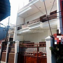Rumah Hook didaerah cideng Jakarta Pusat