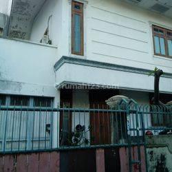 Rumah Di Cideng 2 Lantai kamar 3+1 Furnished