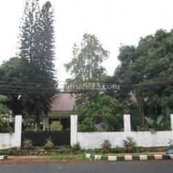 Rumah houk lokasi paling strategis harga miring jl.patal Senayan II Kebayoran lama Jakarta Selatan