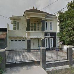 Rumah di lokasi ramai Samarinda