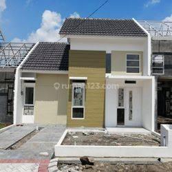 BARU GRESS  Rumah Minimalis Siap Huni Surya Breeze Jayaland, Gedangan, Sidoarjo