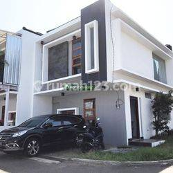 Rumah Baru Full Furnished, Lokasi di Komplek Sukahaji Regency, Bandung Utara