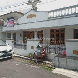 Rumah Siap Huni 2 Lantai Samping Kampus STPN
