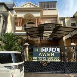 Rumah Permata Buana, 8x18, 3 Lantai, Siap Huni - 08.1212.560560