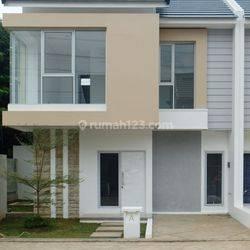 Rumah baru dalam townhouse dicirendeu area sisa 3 unit