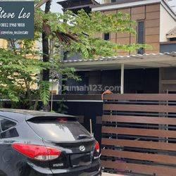 Rumah di Taman Semanan Indah - Lt 135 m2 Full Renov , Posisi Depan Taman ,DIJAMIN BAGUS !