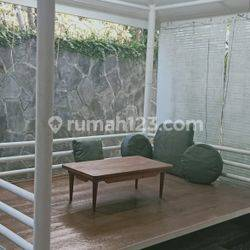 HOUSE AT DUREN TIGA TYPE 4BR LAND SIZE 300SQM NICE HOUSE IDR 225.000.000 PER YEAR