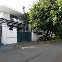 Rumah Secondary di area Elit Permata Hijau 1, Kebayoran, Jakarta Selatan
