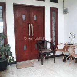 rumah minimalis bagus didaerah Pondok Aren