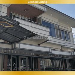 Rumah Besar Lokasi Strategis di Sawah Kurung Ciateul Bandung