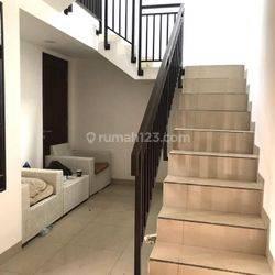 Rumah Kost 2 Lantai di Daerah Srimanis, Bandung