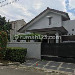Rumah dijual di Jl Taman Sari IV Taman Cimanggu