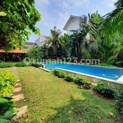 Big and beautiful house at Kemang, South Jakarta, is available now