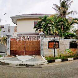 Rumah bagus siap huni di Taman Permata Buana, Kembangan Jakbar