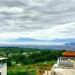 Villa Ekslusif Valle Verde,Sejuk dan Strategis di Bandung Barat