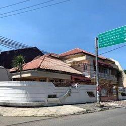 Cocok untuk usaha Raya Simpang Darmo Permai Selatan