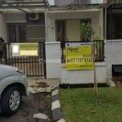 Rumah disewakan di Jl Kenanga Kemang Pratama Bekasi