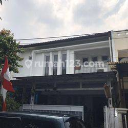 Rumah Bagus lokasi ISTIMEWA di Komplek Kalibata Indah, Jakarta Selatan