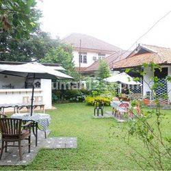 Rumah Asri dan nyaman serta halaman yang luas di area Ragunan,Hub: 0813-1838-1838 / 0878-7838-1838.