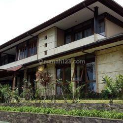 Rumah Mewah dan Lux SemiFurnish dikomplek Setiabudi Regency