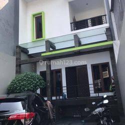 Rumah Teluk Gong 3 lantai 6x25