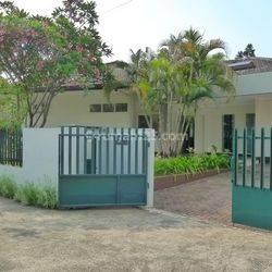 Rumah Kemang jln Kemang Timur , Bangka Mampang Uk401m2 Homey Private Pool Jaksel